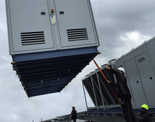 2 stk. 600 kW luftkølet ammoniakkøleanlæg til produktion